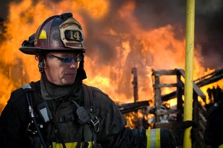 De bombero a incendiario. No apaga llamas, pero enciende grandes debates con sus caricaturas y sus trinos en Twitter.